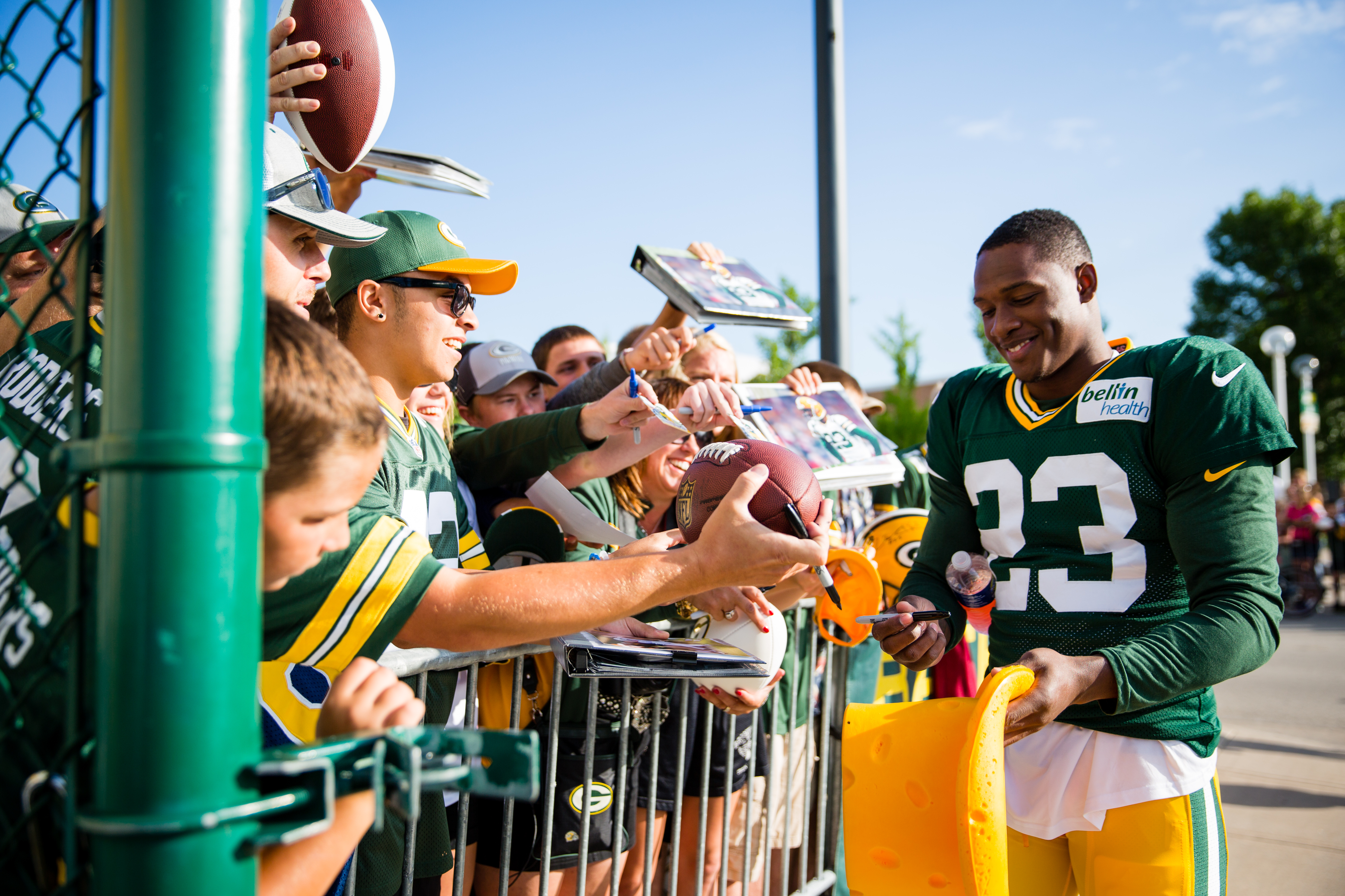 during the American Family Insurance Dream Drive outside of Lambeau Field in Green Bay, WI on July 30, 2016. (Photo by Sam Maller/The Players' Tribune)